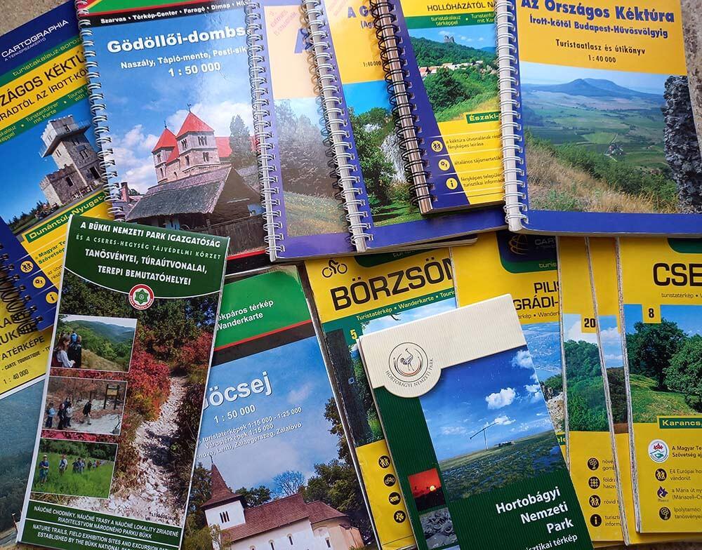 sokféle kiadású turistatérkép