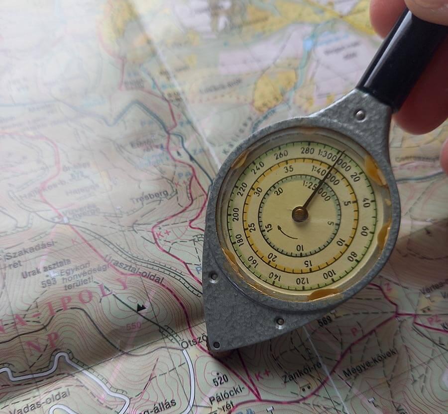 görgős távolságmérő használata